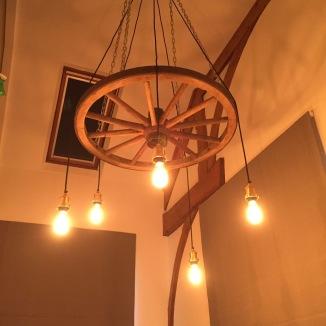 Wagon wheel light fitting